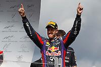MONTREAL, CANADA, 09.06.2013 - F1 - GP DO CANADÁ - O piloto alemão Sebastian Vettel da equipe Red Bull celebra a viória no Grande Premio de Montreal de Formula 1, no Canadá neste domingo, 09. (Foto: Pixathlon / Brazil Photo Press).