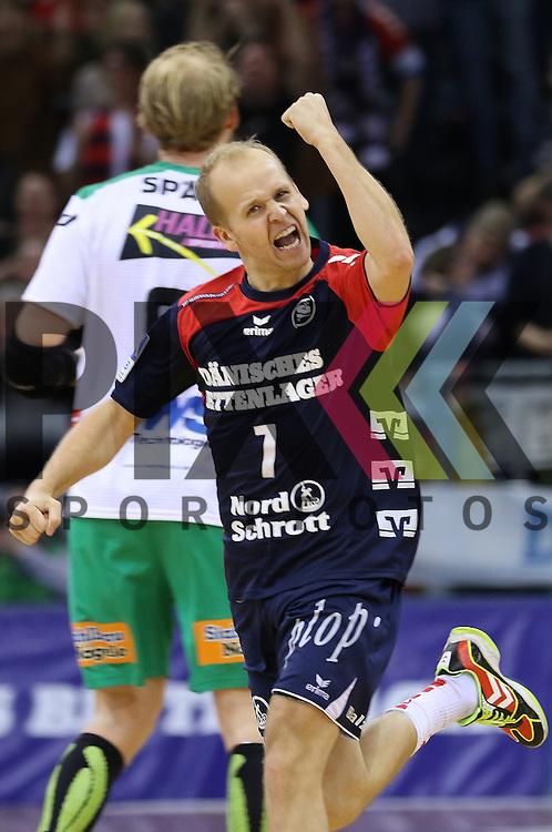 Flensburg, 25.03.15, Sport, Handball, DKB Handball Bundesliga, Saison 2014/2015, 26. Spieltag, SG Flensburg-Handewitt - Frisch Auf! G&ouml;ppingen : Tor Jubel Anders Eggert (SG Flensburg-Handewitt, #7)<br /> <br /> Foto &copy; P-I-X.org *** Foto ist honorarpflichtig! *** Auf Anfrage in hoeherer Qualitaet/Aufloesung. Belegexemplar erbeten. Veroeffentlichung ausschliesslich fuer journalistisch-publizistische Zwecke. For editorial use only.