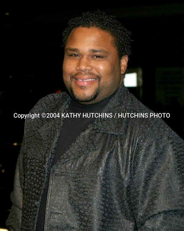 "©2004 KATHY HUTCHINS / HUTCHINS PHOTO.""BARBERSHOP 2 : BACK IN BUSINESS"" PREMIERE.HOLLYWOOD, CA.JANUARY 20, 2004..ANTHONY ANDERSON"
