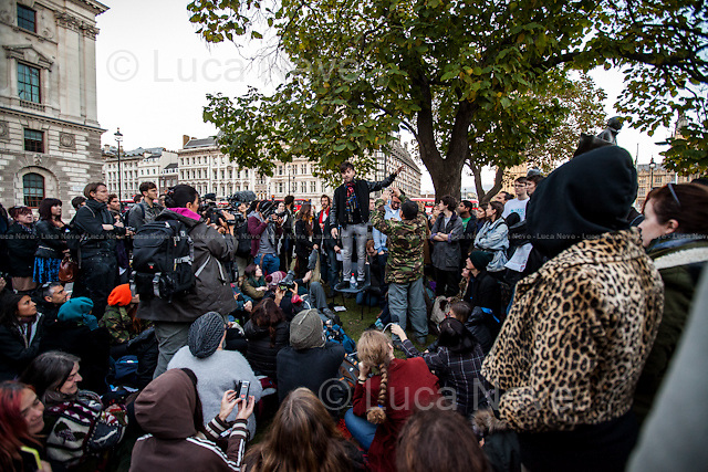 """Jolyon Rubinstein (One of the creators and presenter of the BBC Satire show """"The Revolution Will Be Televised"""").<br /> <br /> Day IX - 25.10.2014<br /> <br /> London 17-26.10.2014. A day at the Parliament Square Occupy Democracy Camp in London. Protesters have been camping in Parliament Square since the 17th of October and they will leave on Sunday the 26th. Since the beginning of the direct action protesters have been battling with the MET Police and the Greater London Authority's Heritage Wardens (provided under private contract by AOS Security) over the specific bylaw which applies to a designated area immediately surrounding and including Parliament Square and which bans sleeping equipment. Several people have been arrested, including the Green Party's Baroness Jenny Jones, member of the London Assembly who was later """"de-arrested"""". In the meantime, numerous celebrities, politicians, experts, activists, and members of the public met for conferences and debates about various topics, from democracy to climate change, to the economic crisis, to corruption, to poetry and many more.<br /> <br /> For more information please click here: http://occupydemocracy.org.uk/ & http://on.fb.me/12tuv79"""