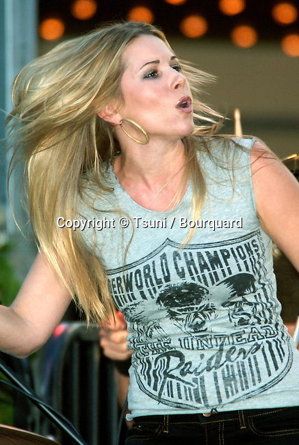 Kim Kline  performing at the The Grove Free concert  in Los Angeles. August 9, 2006.