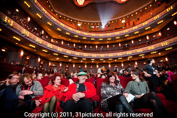 The Netherlands, Amsterdam, 16 November 2011. Opening ceremony of the International Documentary Film Festival Amsterdam 2011 in Pathe Tuschinski theatre. Second right; festivaldirector Ally Derks and Daphne Bunskoek (right).Photo: 31pictures.nl / (c) 2011, www.31pictures.nl