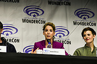 Jenna Elfman at Wondercon in Anaheim Ca. March 31, 2019