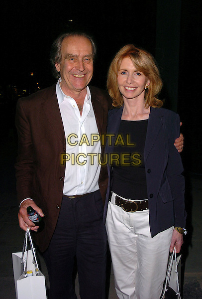 GERALD SCARF & JANE ASHER.At The Roundhouse Re-Opening & Gala Night,.London, England, June 5th 2006..half length goody bag.Ref: CAN.www.capitalpictures.com.sales@capitalpictures.com.©Can Nguyen/Capital Pictures
