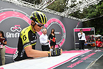 Esteban Chaves (COL) Mitchelton-Scott at sign on before the start of Stage 21 of the 2018 Giro d'Italia, running 115km around the centre of Rome, Italy. 27th May 2018.<br /> Picture: LaPresse/Massimo Paolone | Cyclefile<br /> <br /> <br /> All photos usage must carry mandatory copyright credit (&copy; Cyclefile | LaPresse/Massimo Paolone)