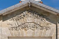 Europe/France/Aquitaine/33/Gironde/Saint-Yzans-de-Médoc: Château portail du  Cuvier du  Château