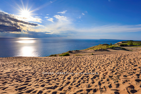 Late afternoon skies and a wide seascape expanse, The Lake Michigan Overlook at the Sleeping Bear Dunes National Lakeshore, Lower Peninsula, Michigan, USA