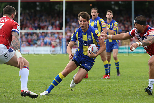 July 1st 2017, Beaumont Legal Stadium, Wakefield, England; The Betfred Super Leauge; Wakefield Trinity versus Warrington Wolves; Stefan Ratchford of Warrington Wolves runs through the defensive line