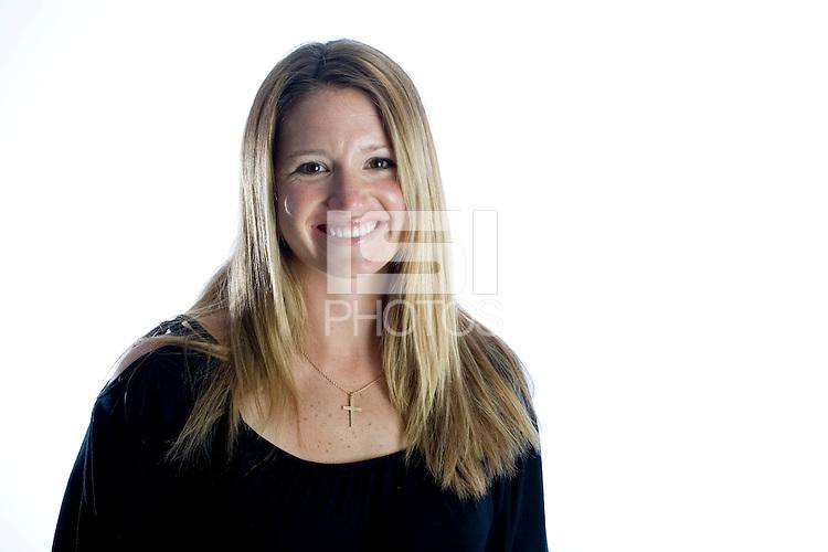 Danielle Fotopoulos, USWNT Portraits, Carson, California, 2006.