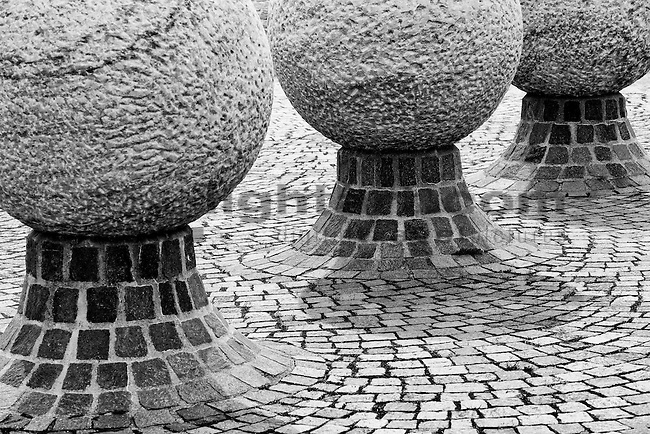 Skulptur auf dem Dorfplatz von Schellenberg, Rheintal, Rhine-valley, Liechtenstein.