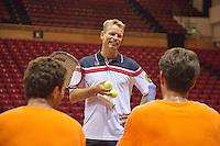 10-09-13,Netherlands, Groningen,  Martini Plaza, Tennis, DavisCup Netherlands-Austria,   Training, Captain Jan Siemerink talks to Jean-Julien Rojer(L) and Jesse Huta Galung (NED)<br /> Photo: Henk Koster