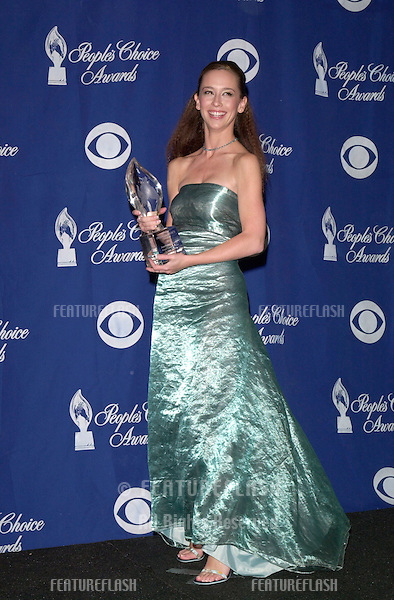 "09JAN2000:   Actress JENNIFER LOVE HEWITT at the 26th Annual People's Choice Awards in Pasadena, CA, where she won the award for Favourite Female Performer in a New TV Series for ""Time of Your Life""..© Paul Smith / Featureflash"