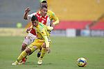 BOGOTÁ – COLOMBIA _ 10-11-2013 / En compromiso correspondiente a la última fecha del Torneo Clausura Colombiano 2013, Santa Fe cayó 3 – 4 ante Atlético Huila en el estadio Nemesio Camacho El Campín de Bogotá.