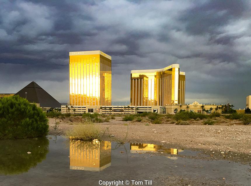 Sunset reflection of the Mirage Hotel, Las Vegas, Nevada