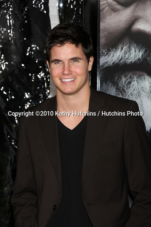 Robbie Amell.arrivng at the premiere of The Wolfman..Arclight Hollywood.Los Angeles, CA.February 9, 2010.©2010 Kathy Hutchins / Hutchins Photo....