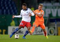 FUSSBALL   DFB POKAL   SAISON 2013/2014   2. HAUPTRUNDE Hamburger SV - SpVgg Greuther Fuerth                 24.09.2013 Joanthan Tah (li, Hamburger SV) gegen Florian Trinks (re, Fuerth)