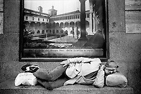 Milano, senzatetto in stazione centrale <br /> Milan, homeless in Central railway station