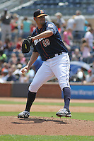 Durham Bulls pitcher Dane De La Rosa #40 on the mound during a game against the Louisville Bats at Durham Bulls Athletic Park on May 2, 2012 in Durham, North Carolina. Durham defeated Louisville by the score of 7-5. (Robert Gurganus/Four Seam Images)