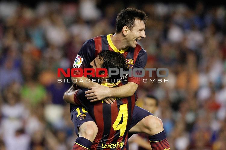 FC Barcelona's Leo Messi (t) and Cesc Fabregas celebrate goal during La Liga match.September 1,2013. Foto © nph / Acero)