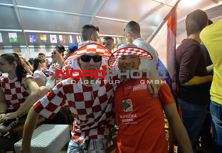 12.06.2014. Croatia,Zagreb - Fans in bars and on the  squares follow the game opening match of 2014 FIFA World Cup between Brazil and Croatia. The celebration after the goal<br /> <br /> Foto &copy;  nph / PIXSELL / Marko Prpic