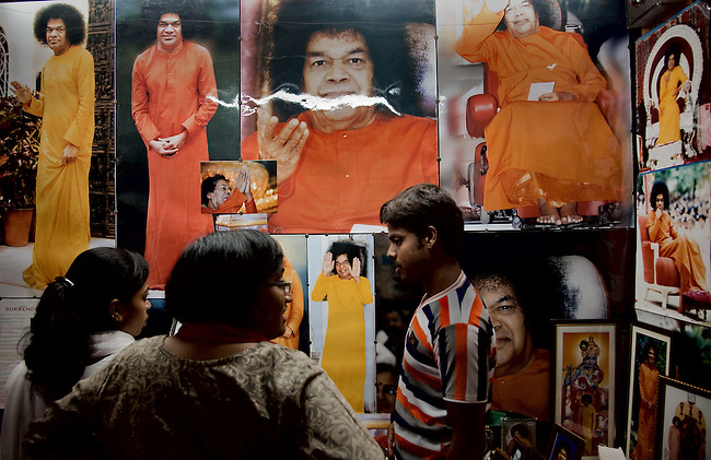 19 MAY 2011, PUTTAPARTHI, ANDHRA PRADESH, INDIA: The Indian guru Sri Sathya Sai Baba, who died on 24 April 2011, left behind a huge legacy in his home town of Puttaparthi, Andhra Pradesh state. A mere village at the time of his birth it is today a a thriving town centered around the Prashanti Nilayam Ashram devoted to Sai Baba and his teachings. It includes a state of the art free hospital, university and schools funded by donations from devotees. In the wake of his death who controls the funds and how the town will be affected by his absence remains unresolved. Picture by Graham Crouch
