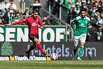 13.04.2019, Weserstadion, Bremen, GER, 1.FBL, Werder Bremen vs SC Freiburg<br /> <br /> DFL REGULATIONS PROHIBIT ANY USE OF PHOTOGRAPHS AS IMAGE SEQUENCES AND/OR QUASI-VIDEO.<br /> <br /> im Bild / picture shows<br /> Vincenzo Grifo (SC Freiburg #32), Nuri Sahin (Werder Bremen #17), <br /> <br /> Foto &copy; nordphoto / Ewert