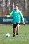 11.04.2018, Trainingsgelaende, Bremen, GER, 1.FBL, Training SV Werder Bremen<br /> <br /> im Bild<br /> Maximilian Eggestein (Werder Bremen #35), <br /> <br /> Foto &copy; nordphoto / Ewert