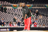 16 March 2009: Baseball Hall of Famer and former San Diego Padres Tony Gwynn throws out the inaugural pitch prior to the 2009 World Baseball Classic Pool 1 game 3 at Petco Park in San Diego, California, USA. Cuba wins 7-4 over Mexico.