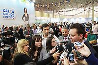 SAO PAULO, SP, 18 DE MAIO DE 2012 - 8º FEIRAO DA CAIXA FEDERAL- O Prefeito de Sao Paulo, Gilberto Kassab esteve presente no 8º feirao da casa propia da Caixa Federal no Centro de exposicoes Imigrantes, Zona Leste de Sao Paulo. FOTO: GEORGINA GARCIA/ BRAZIL PHOTO PRESS.