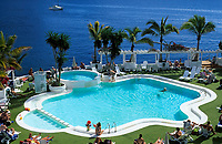 Spanien, Kanarische Inseln, Gran Canaria, Puerto de Mogan: Hotel Club de Mar, Pool | Spain, Canary Islands, Gran Canaria, Puerto de Mogan: Hotel Club de Mar, Pool