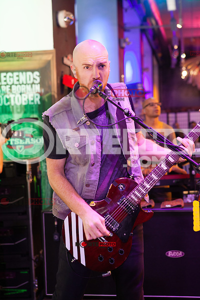 NEW YORK, NY - OCTOBER 5: Mark Sheehan of The Script performing live at the MLB Fan Cave Concert Series  in New York City. October 5, 2012. © Diego Corredor/MediaPunch Inc. © /NortePhoto /©NortePhoto