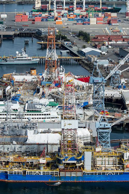 4/9/2012--Seattle, WA, USA<br /> <br /> Shell rigs the Kulluk and Discoverer at Vigor Shipyards in Seattle, Washington.<br /> <br /> Photograph by Stuart Isett/Vigor Industrial