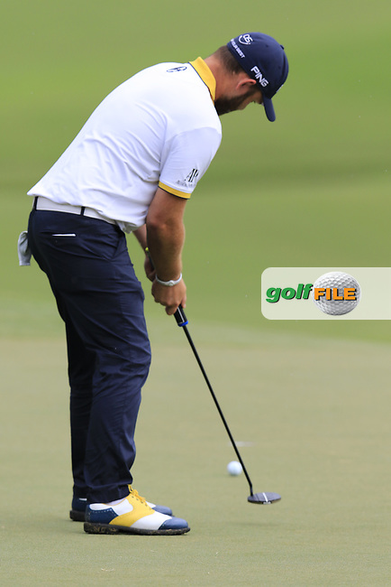 Andy Sullivan (ENG) putts on the 15th green during Friday's Round 2 of the 2017 PGA Championship held at Quail Hollow Golf Club, Charlotte, North Carolina, USA. 11th August 2017.<br /> Picture: Eoin Clarke   Golffile<br /> <br /> <br /> All photos usage must carry mandatory copyright credit (&copy; Golffile   Eoin Clarke)
