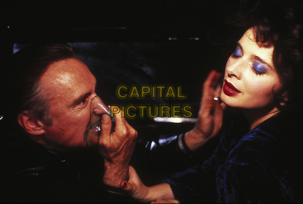 DENNIS HOPPER & ISABELLA ROSSELLINI.in Blue Velvet .*Editorial Use Only*.Ref: FB.www.capitalpictures.com.sales@capitalpictures.com.Supplied by Capital Pictures.