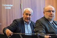 Der Antisemitismusbeauftragte des Bundes, Dr. Felix Klein, hat am Montag den 26. November 2018 die Antisemitismusbeauftragten der Länder zu erstem Koordinationstreffen eingeladen.<br /> Bisher haben sechs Länder eigene Antisemitismusbeauftrage ernannt: Baden-Wuerttemberg, Bayern, Hessen, Nordrhein-Westfalen, Rheinland-Pfalz, Saarland und Sachsen-Anhalt. Das Treffen, an dem auch Daniel Botmann, Geschaeftsfuehrer des Zentralrates der Juden teilnahm, fand im Bundesministerium des Innern, fuer Bau und Heimat statt.<br /> Im Bild vlnr.: Ludwig Spaenle, bayerischer Antisemitismusbeauftragter und Dieter Burgard, Antisemitismusbeauftragte fuer Rheinland-Pfalz. <br /> 26.11.2018, Berlin<br /> Copyright: Christian-Ditsch.de<br /> [Inhaltsveraendernde Manipulation des Fotos nur nach ausdruecklicher Genehmigung des Fotografen. Vereinbarungen ueber Abtretung von Persoenlichkeitsrechten/Model Release der abgebildeten Person/Personen liegen nicht vor. NO MODEL RELEASE! Nur fuer Redaktionelle Zwecke. Don't publish without copyright Christian-Ditsch.de, Veroeffentlichung nur mit Fotografennennung, sowie gegen Honorar, MwSt. und Beleg. Konto: I N G - D i B a, IBAN DE58500105175400192269, BIC INGDDEFFXXX, Kontakt: post@christian-ditsch.de<br /> Bei der Bearbeitung der Dateiinformationen darf die Urheberkennzeichnung in den EXIF- und  IPTC-Daten nicht entfernt werden, diese sind in digitalen Medien nach §95c UrhG rechtlich geschuetzt. Der Urhebervermerk wird gemaess §13 UrhG verlangt.]