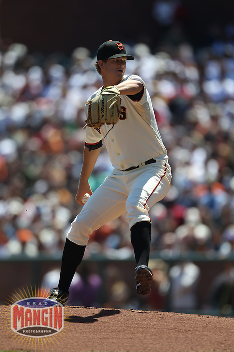 SAN FRANCISCO - AUGUST 12:  Matt Cain #18 of the San Francisco Giants pitches against the Chicago Cubs during the game at AT&T Park on August 12, 2010 in San Francisco, California. Photo by Brad Mangin