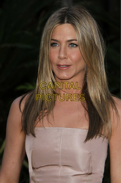 "JENNIFER ANISTON.""The Switch"" Los Angeles Premiere held at Arclight Cinemas, Hollywood, California, USA..August 16th, 2010.half length strapless beige nude lips mouth funny face open.CAP/ADM/CH.©Charles Harris/AdMedia/Capital Pictures"