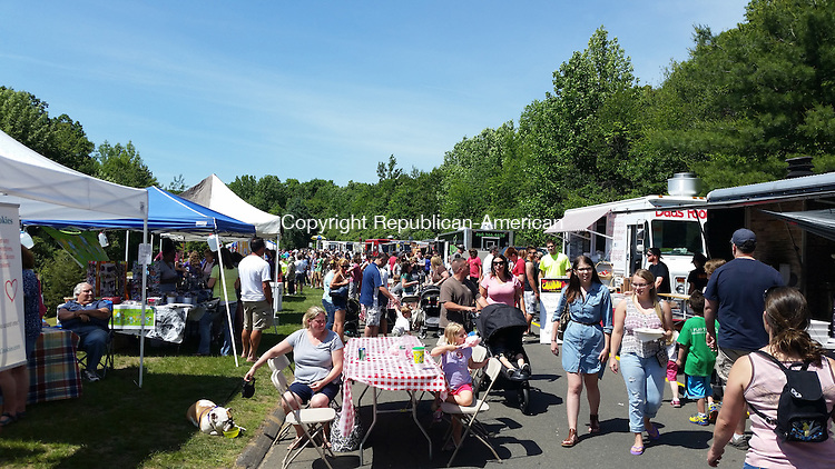 OXFORD, CT-JUNE 07, 2015-060815_NEW_060715NS03- Guests enjoy the many food trucks and local vendors at the First Annual Oxford Food and Arts Festival, Sunday.<br /> Nicholas Shigo/Republican American