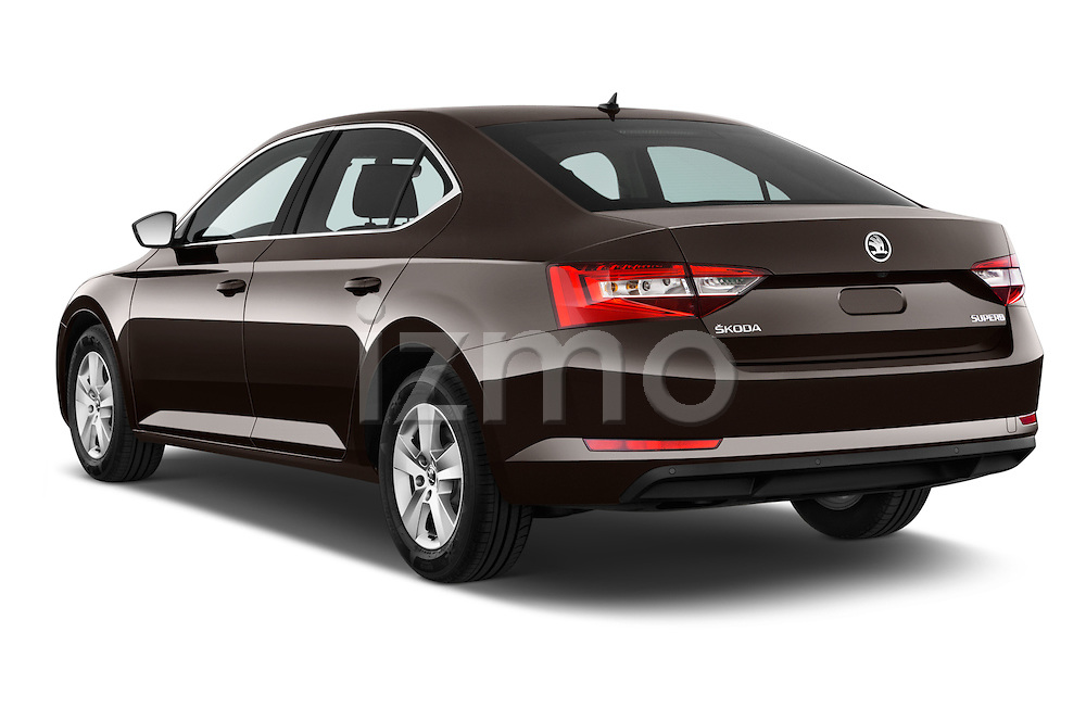 Car pictures of rear three quarter view of 2016 Skoda Superb Ambition 5 Door Hatchback Angular Rear