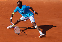 Gael Monfils (FRA) (13) against Dieter Kindlmann (GER) in the first round of the men's singles. Gael Monfils beat Dieter Kindlmann 6-3 7-5 6-7 6-2..Tennis - French Open - Day 2 - Mon 24 May 2010 - Roland Garros - Paris - France..© FREY - AMN Images, 1st Floor, Barry House, 20-22 Worple Road, London. SW19 4DH - Tel: +44 (0) 208 947 0117 - contact@advantagemedianet.com - www.photoshelter.com/c/amnimages