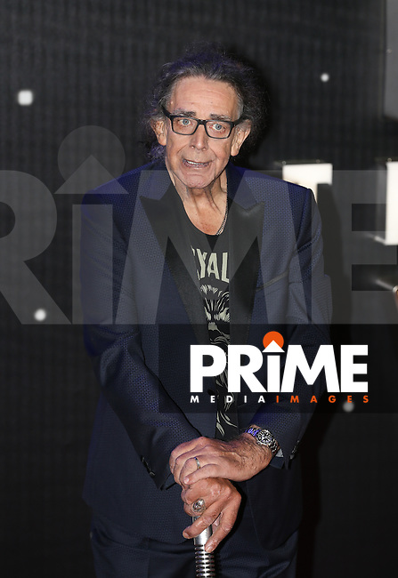 Actor Peter Mayhew (Chewbacca) during the STAR WARS: 'The Force Awakens' EUROPEAN PREMIERE at Odeon, Empire & Vue Cinemas, Leicester Square, England on 16 December 2015. Photo by David Horn / PRiME Media Images