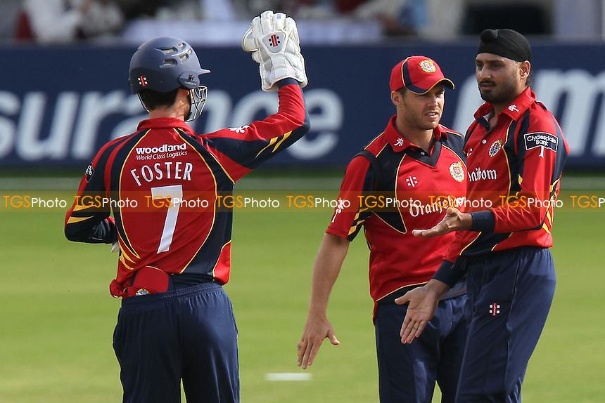 Harbhajan Singh of Essex (R) celebrates the wicket of Ramnaresh Sarwan - Essex Eagles vs Leicestershire Foxes - Clydesdale Bank 40 Cricket at the Ford County Ground, Chelmsford, Essex - 05/08/12 - MANDATORY CREDIT: Gavin Ellis/TGSPHOTO - Self billing applies where appropriate - 0845 094 6026 - contact@tgsphoto.co.uk - NO UNPAID USE.