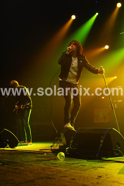 **ALL ROUND PICTURES FROM SOLARPIX.COM**.**WORLDWIDE SYNDICATION RIGHTS**.The Pigeon Detectives in concert at the Carling Brixton Academy, London, UK. 6th June 2008..JOB REF: 6588 DVD     DATE: 06_06_2008.**MUST CREDIT SOLARPIX.COM OR DOUBLE FEE WILL BE CHARGED* *UNDER NO CIRCUMSTANCES IS THIS IMAGE TO BE REPRODUCED FOR ANY ONLINE EDITION WITHOUT PRIOR PERMISSION*