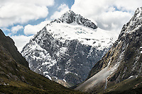 Mount Talbot 2105m after fresh snowfall, Fiordland National Park, UNESCO World Heritage Area, Southland, New Zealand, NZ