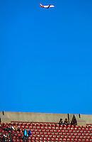 SAO PAULO, SP, 07.07.2013 - CAMP. BRASILEIRO - SÃO PAULO X SANTOS -  Torcida do São Paulo durante partida contra o Santos pela sexta rodada do Campeonato Brasileiro no Estádio Cicero Pompeu de Toledo (Morumbi), neste domingo, 07. (Foto: William Volcov / Brazil Photo Press).