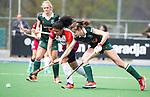 ALMERE - Hockey - Overgangsklasse competitie dames ALMERE- ROTTERDAM (0-0) .  Melissa Pieters (Almere)  met rechts Manouk Bakker (R'dam) COPYRIGHT KOEN SUYK