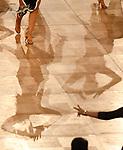09.11.2019,  GER; Tanzen, 1. Bundesliga der Lateinformationen, Deutsche Meisterschaften, Zwischerunde, im Bild Feature Fuesse und Schatten von Tanzenden Foto © nordphoto/ Witke