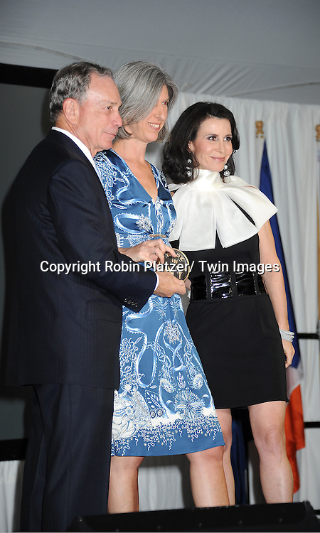 "Mayor Michael Bloomberg, Lauren Zalaznick and Katherine Oliver attending The ""Made in NY"" Awards at Gracie Mansion.on June 6, 2011. Matt Damon, John Leguizammo and Lauren Zalaznick and Sidney Lumet were the honorees."