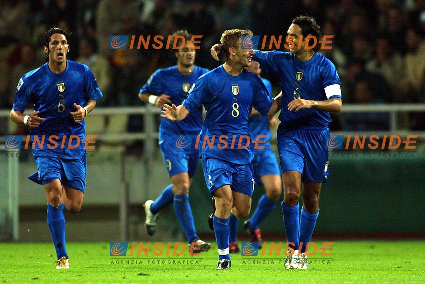 Parma 13/10/2004<br /> Italia-Bielorussia Qualificazioni Mondiali Calcio 2006<br /> Nella foto: La gioia di Alessnadro Nesdta e Daniele De Rossi.<br /> Ph Jay/Insidefoto