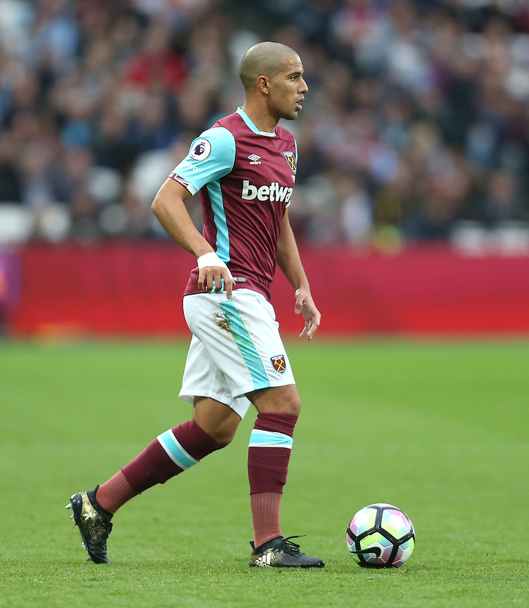 West Ham United's Sofiane Feghouli<br /> <br /> Photographer Rob Newell/CameraSport<br /> <br /> The Premier League - West Ham United v Sunderland - Saturday 22nd October 2016 - London Stadium - London<br /> <br /> World Copyright &copy; 2016 CameraSport. All rights reserved. 43 Linden Ave. Countesthorpe. Leicester. England. LE8 5PG - Tel: +44 (0) 116 277 4147 - admin@camerasport.com - www.camerasport.com